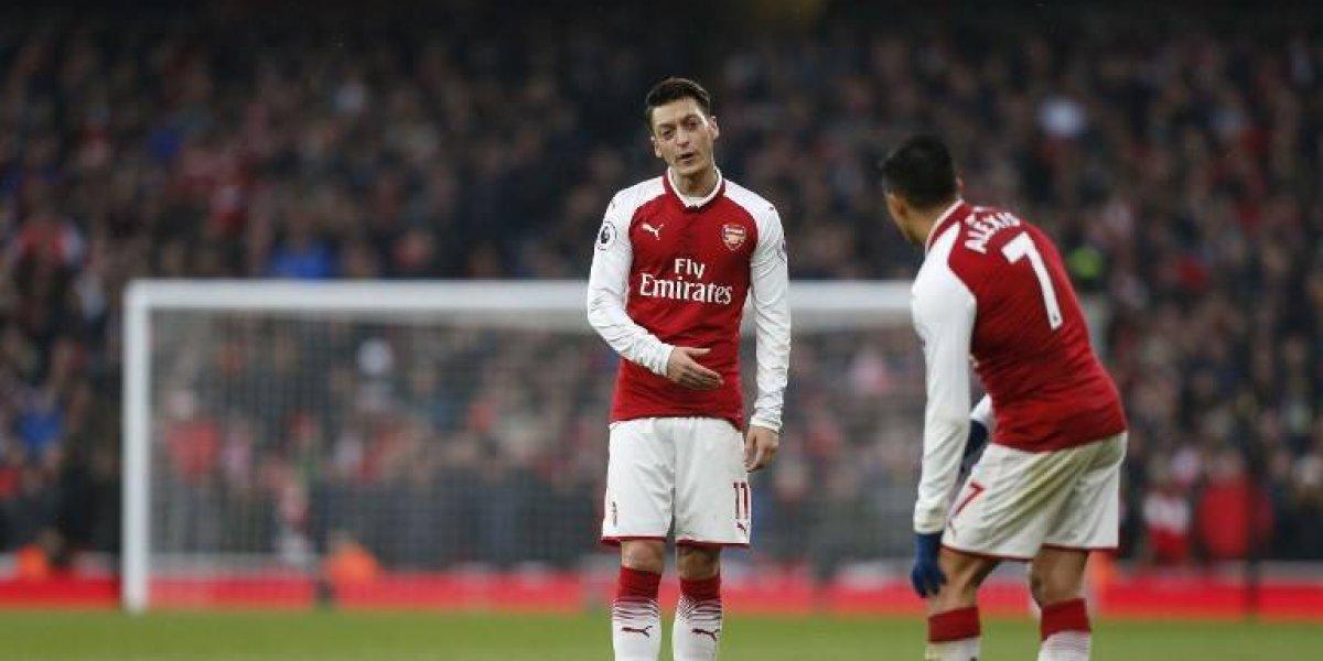 Miran feo al chileno: ex figura del Arsenal cree que Alexis y Özil mejoraron para poder irse