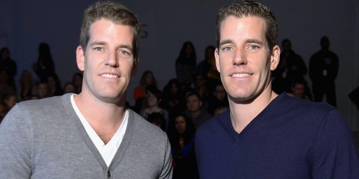 """Cómo los gemelos Winklevoss, que demandaron a Mark Zuckerberg """"por haberles robado Facebook"""", se convirtieron en los primeros milmillonarios del bitcoin"""