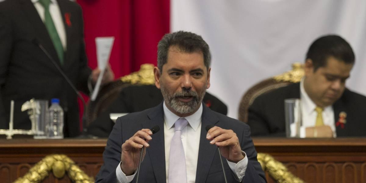 Tunden a secretario de Finanzas en ALDF; exigen 20 mil mdp para reconstrucción