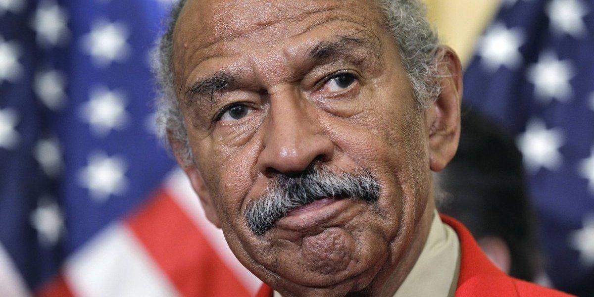 Legislador Conyers denunciado por acoso anuncia su retiro
