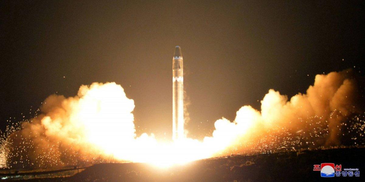 Avión comercial estuvo muy cerca de misil lanzado por Corea del Norte