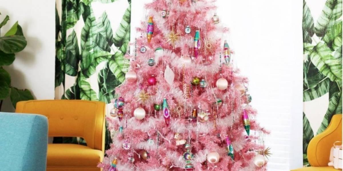 El rosa se impone este año en la decoración navideña