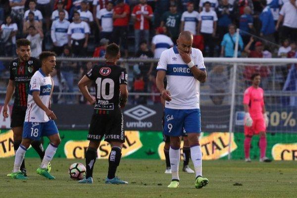 Santiago Silva podría haber jugado su último partido en San Carlos / imagen: Agencia UNO
