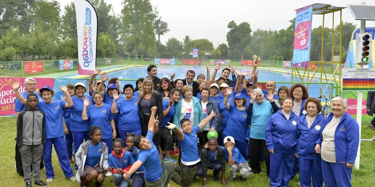 Talleres y recreación para migrantes y adultos mayores destacan en el Plan Verano que lanzó Estación Central