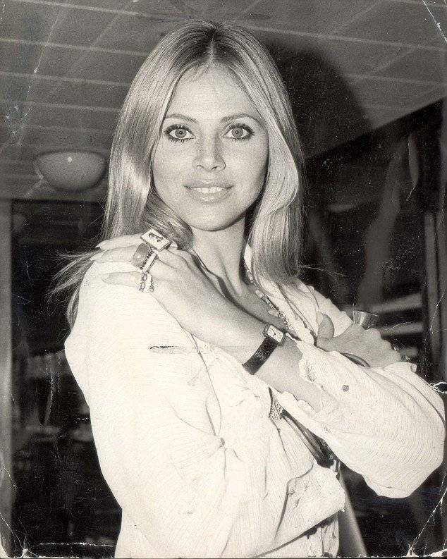 Britt Ekland en Hollywood Foto: Twitter