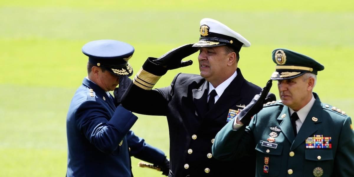 General Mejía toma posesión como comandante de Fuerzas Militares