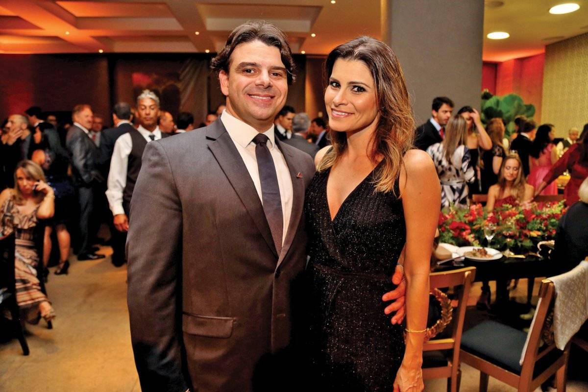 Emir Cadar Filho e Júlia Nogueira Anna Castelo Branco