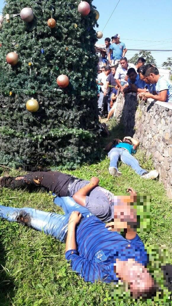 Mueren cinco personas electrocutadas mientras colocaban árbol de ...