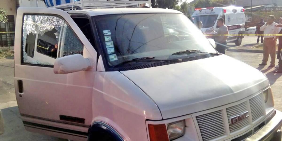 Asesinan a mujer en calles cercanas al barrio de Analco