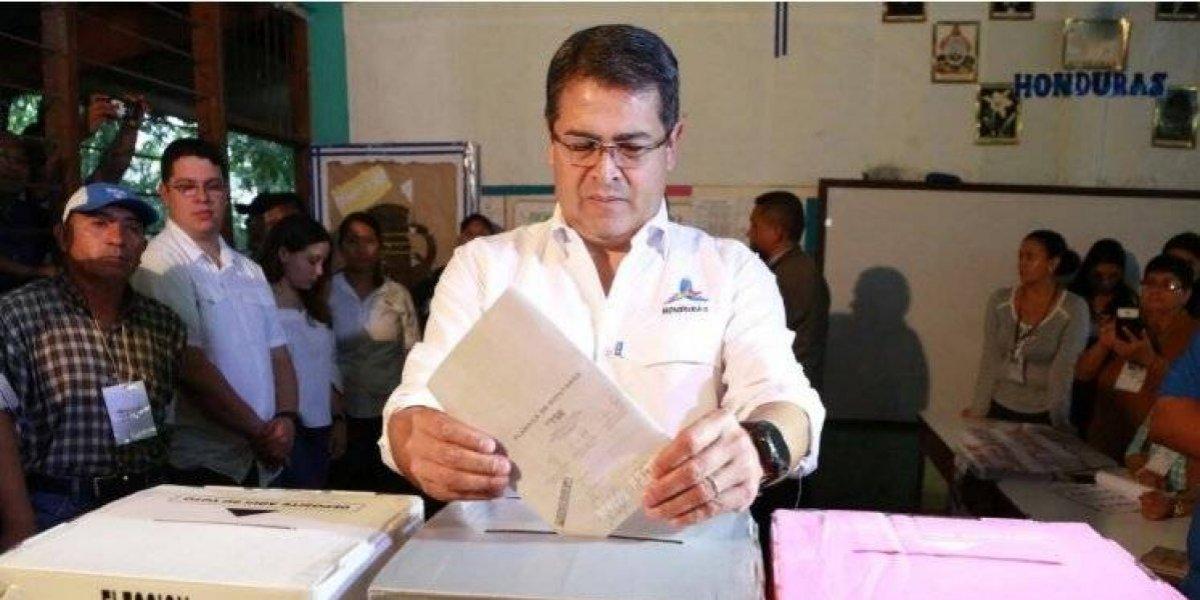 Honduras instan a revisar cinco mil actas electorales