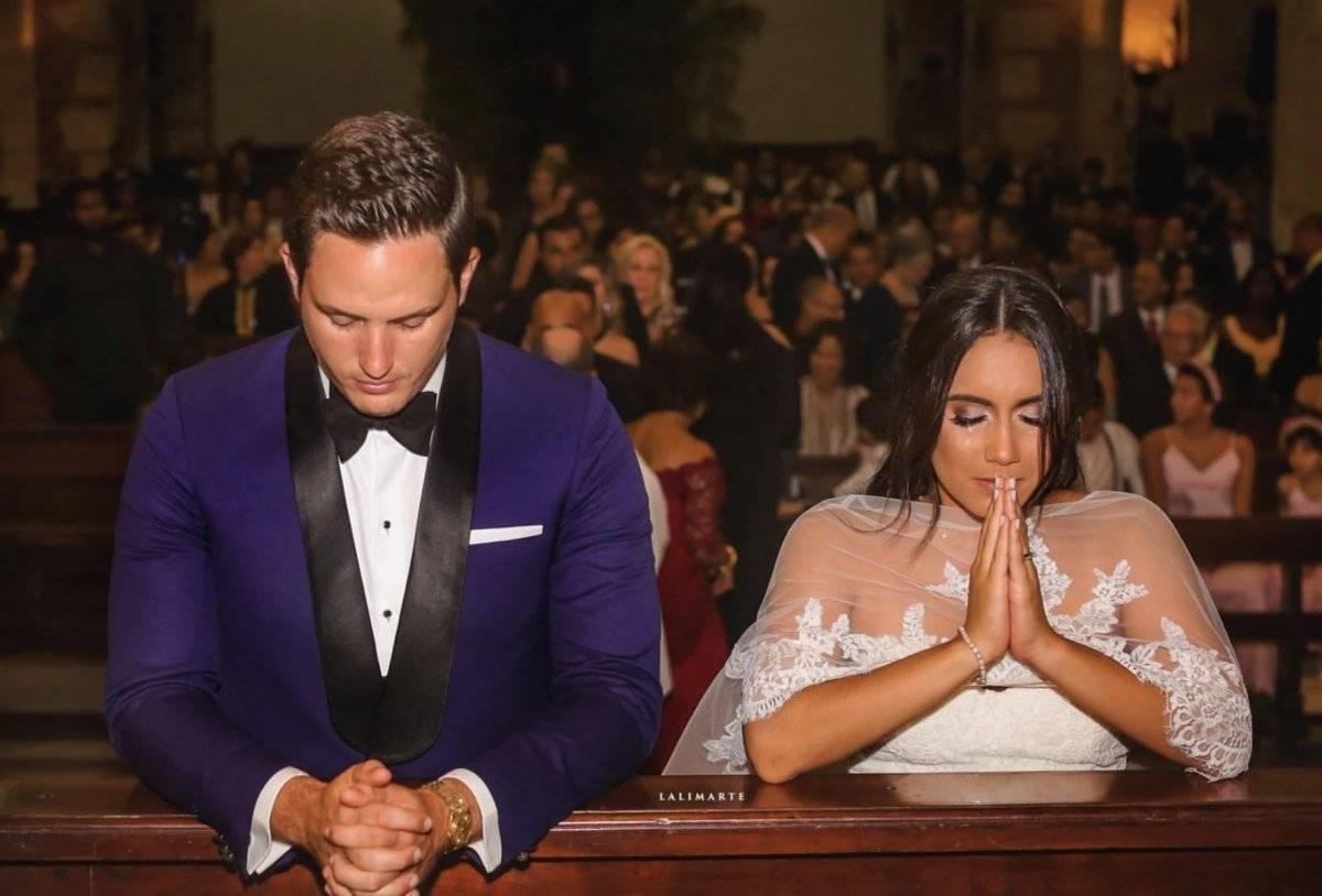 1- Mi hermano Ricardo Pierre y su esposa Laura Mercedes.