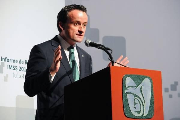 El titular del IMSS, Mikel Arriola aspira a dirigir la CDMX.