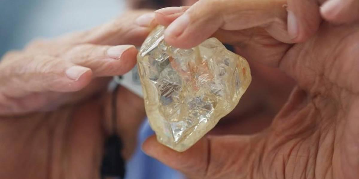 Maior diamante da África arrecada R$ 21 milhões em leilão beneficente