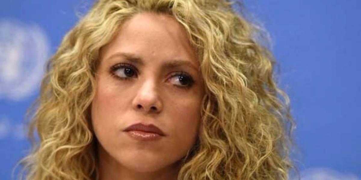 Shakira visita al médico que operó a Adele