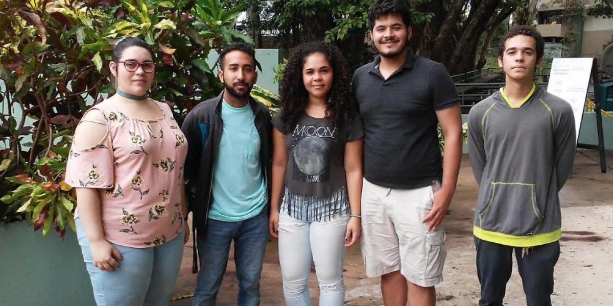 Estudiantes del RUM triunfan en competencia internacional