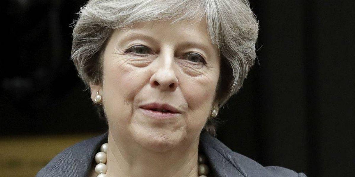 Inteligencia inglesa frustra complot para asesinar a Theresa May, reportan medios
