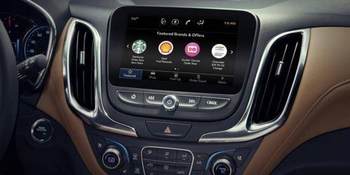 GM lanza aplicación para comprar comida desde el vehículo
