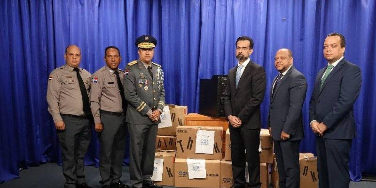 Entregan modernos equipos de última generación a la Policía Nacional