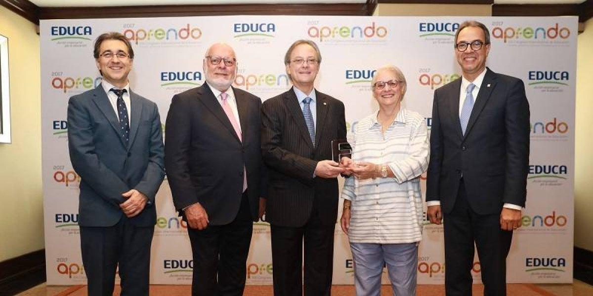 #TeVimosEn: Manuel A. Grullón recibe premio Empresario del Año
