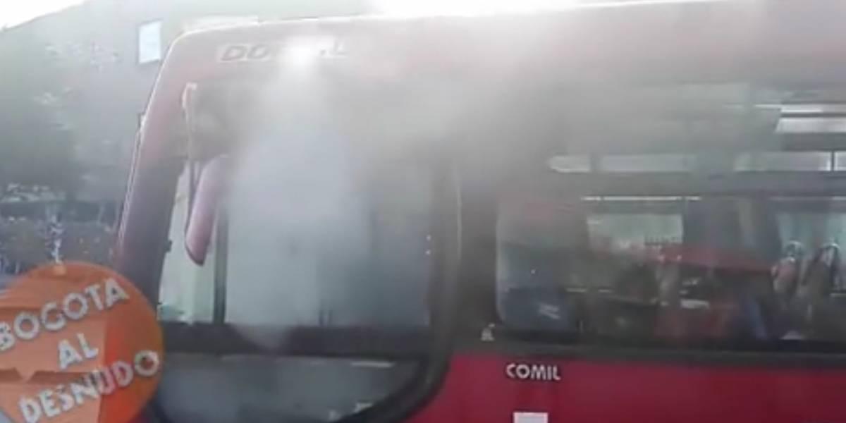 Evacúan bus de TransMilenio porque empezaba a incendiar