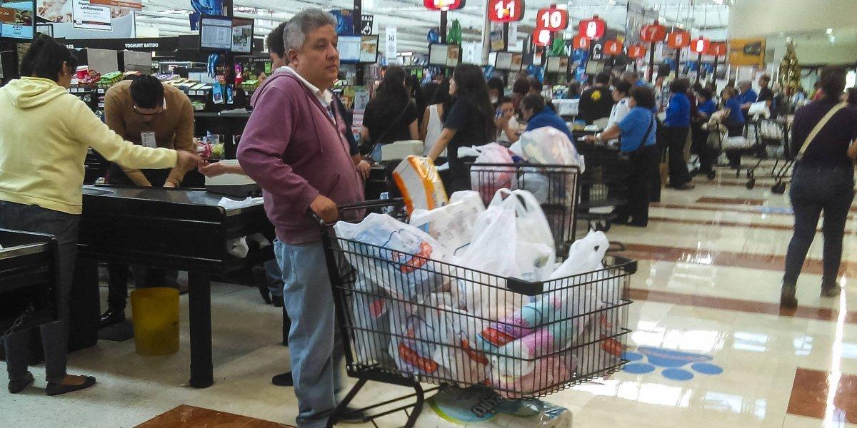 La confianza de los consumidores mexicanos aumenta un 1% en noviembre