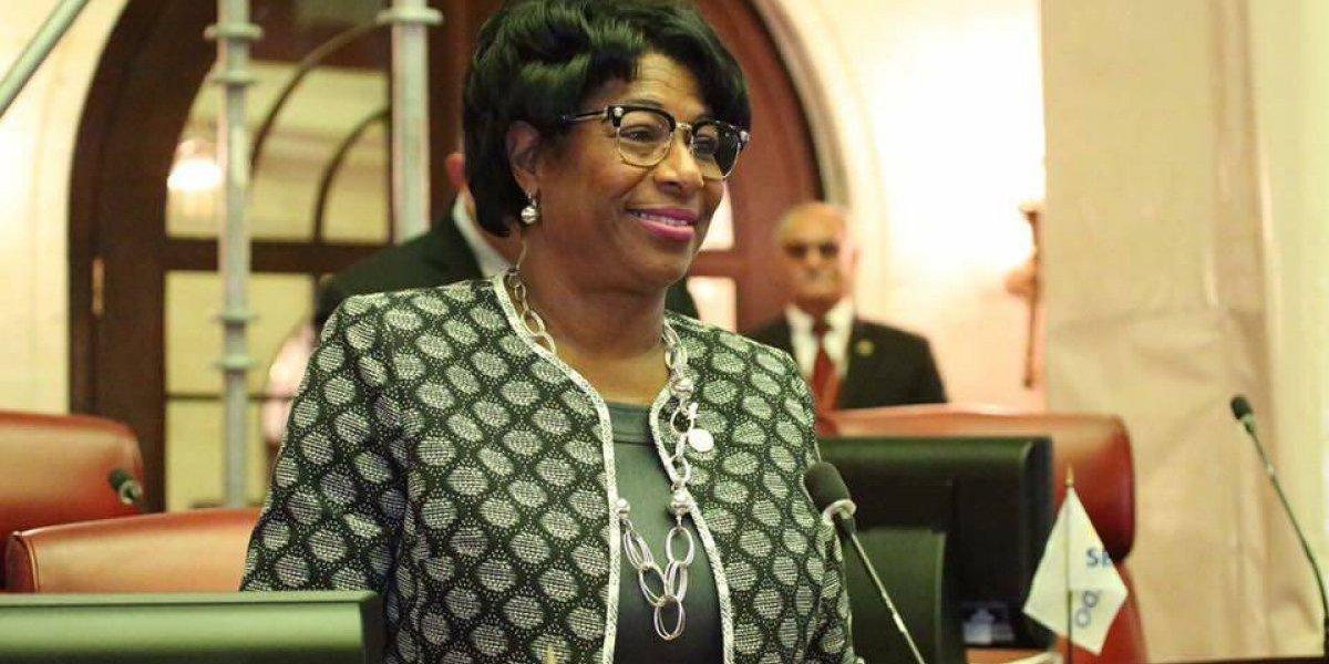 Senadora Venegas asegura que le hacen bullying
