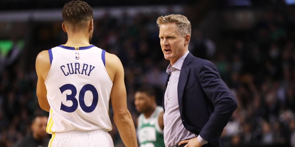 Coach de Warriors considera buena idea que Curry se haya lesionado