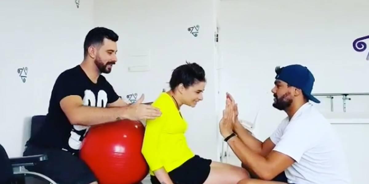 Lais Souza mostra exercício de controle do tronco