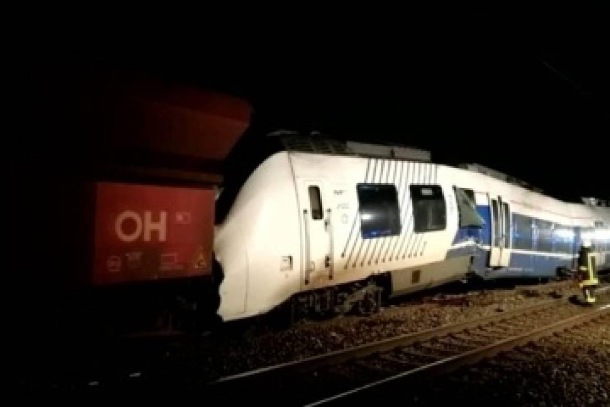 Accidente de tren en el oeste de Alemania deja decenas de heridos