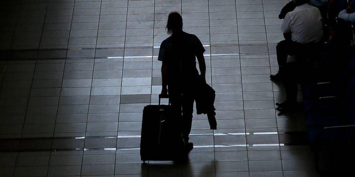 El error que llevó a Latam a ser sancionada: cambió maleta de pasajero por una que contenía cocaína