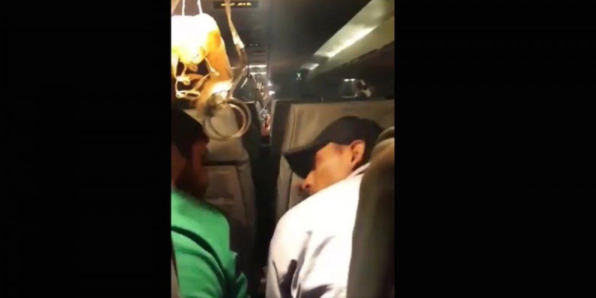 VIDEO: Equipo boliviano sufre tremendo susto a bordo de avión que presentó fallas