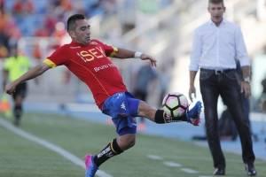 Fernando Meneses espera ser titular ante Everton / Photosport