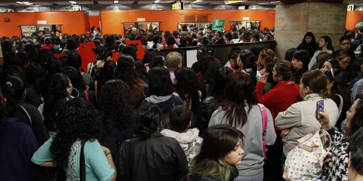 Policías detienen a hombre que realizó tocamientos sexuales en Metro El Rosario