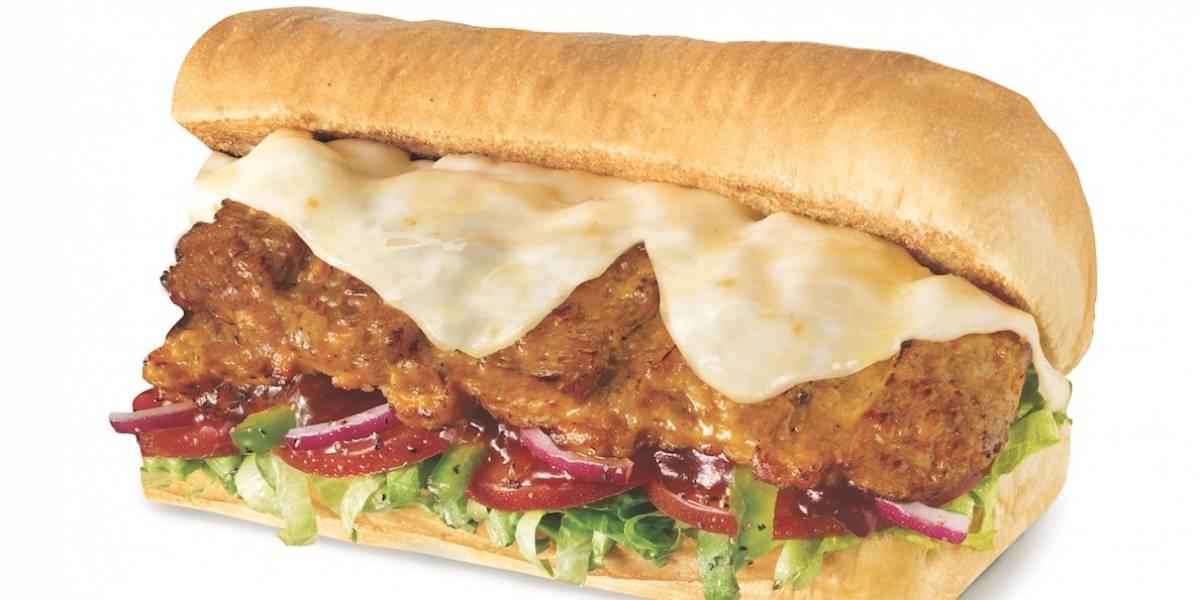 Llega nuevo sándwich de costillas