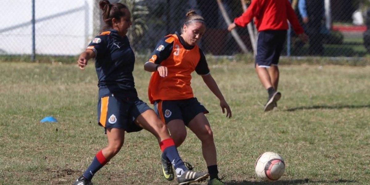 Las campeonas de Chivas están de regreso a los entrenamientos
