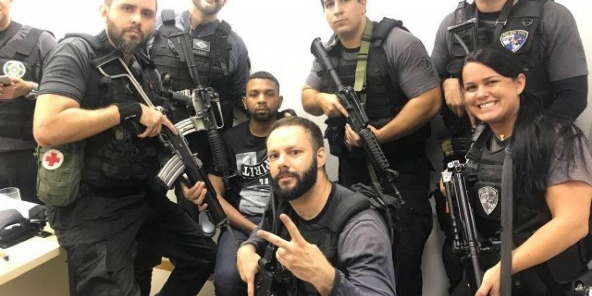 Para psiquiatra, policiais que postaram selfies com Rogério 157 podem ter problemas de autoestima