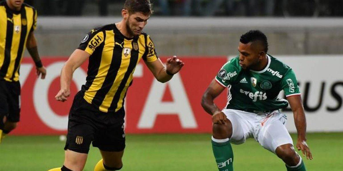 ¿Reemplazo para Jara? La U sondea a defensa uruguayo pensando en la Libertadores 2018