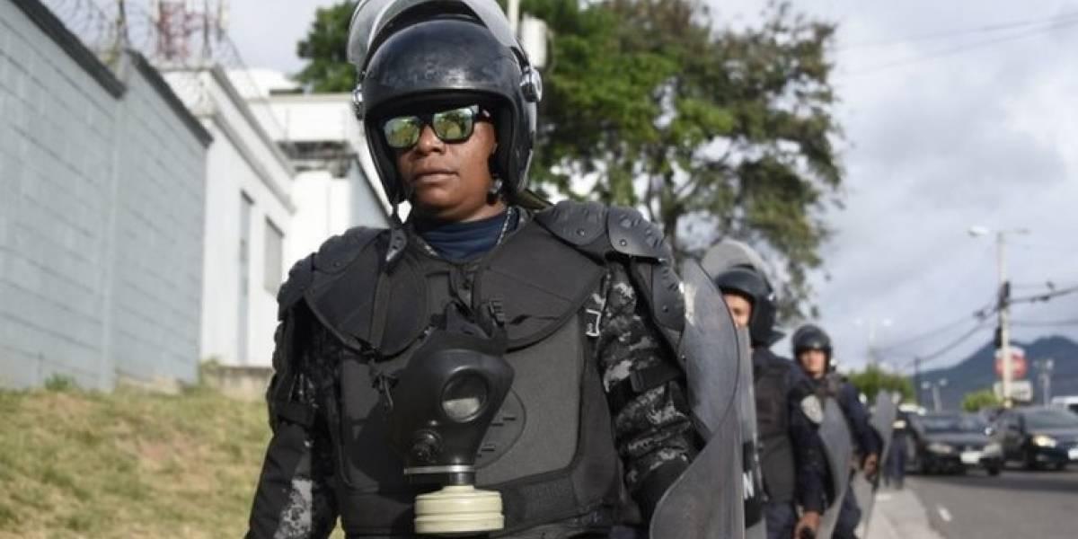 Honduras suspende el toque de queda en 8 departamentos en medio de las demoras por los resultados electorales