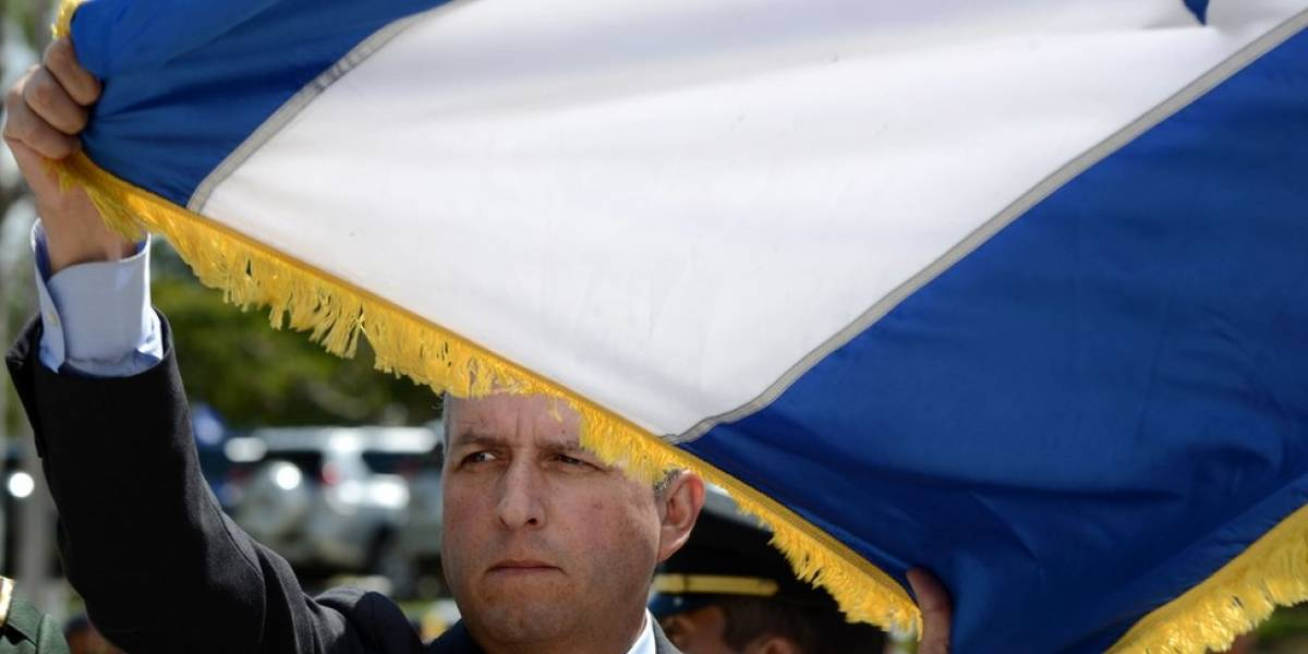 """""""La oposición solo busca atrasar el proceso y seguir generando caos en el país"""": vicepresidente de Honduras, Ricardo Álvarez, descarta apoyar un recuento total de votos tras elecciones"""