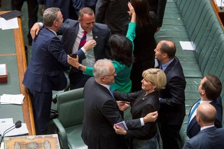 Parlamento de Australia aprueba matrimonio homosexual