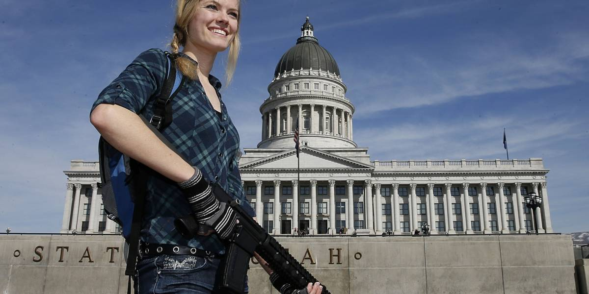 Avanza ley en EU que facilita viajar con armas a cualquier estado