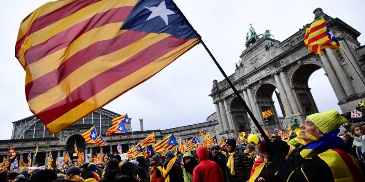 FOTOS. Miles marchan en Bruselas por la independencia de Cataluña