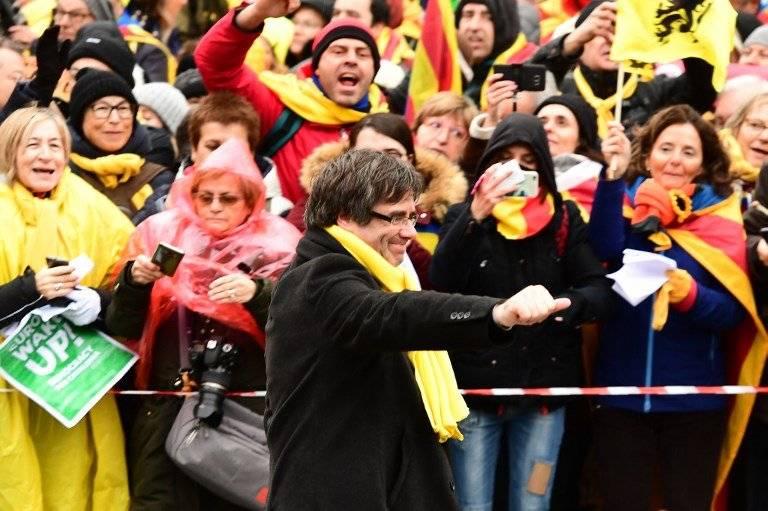 Carles Puigdemont en la marcha por Cataluña en Bruselas
