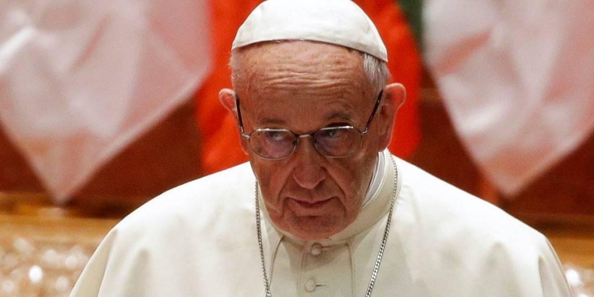 'Ferimos 2017 com obras de morte e injustiça', afirma papa