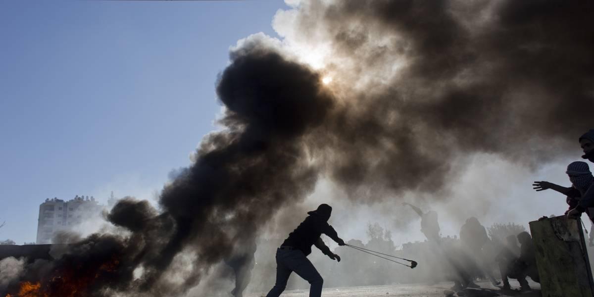 Aviones de combate israelíes atacan base militar de Hamas
