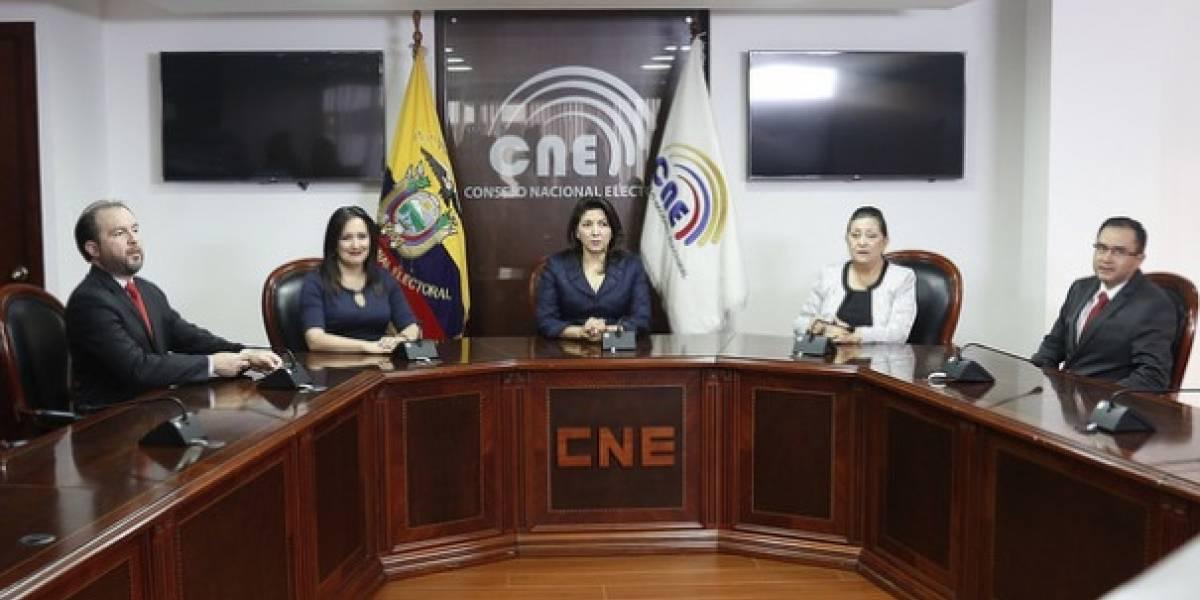 CNE convoca a consulta sobre reelección, corrupción y abusos