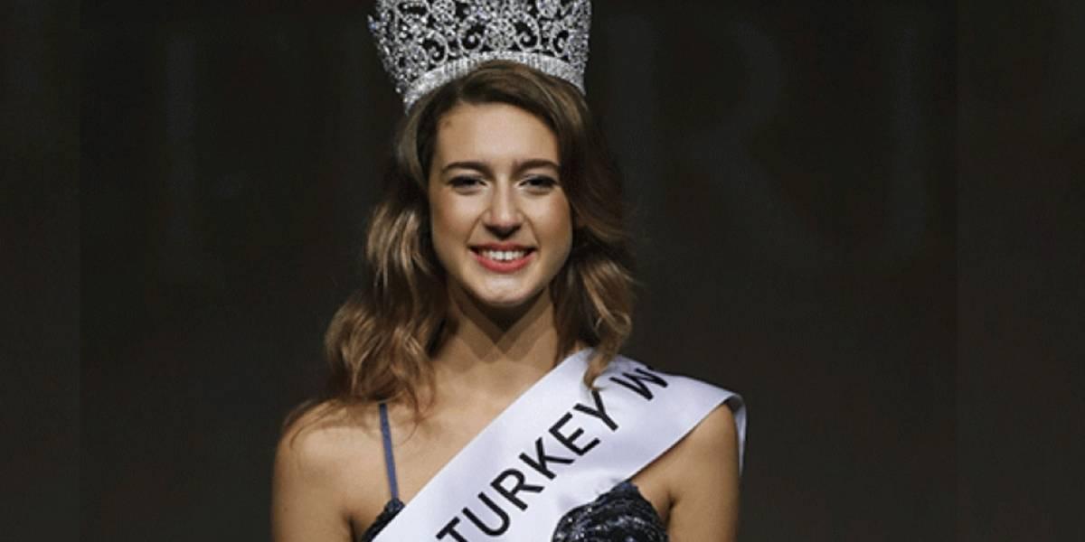 Miss Turquía podría ir a la cárcel por mal comentario en redes sociales