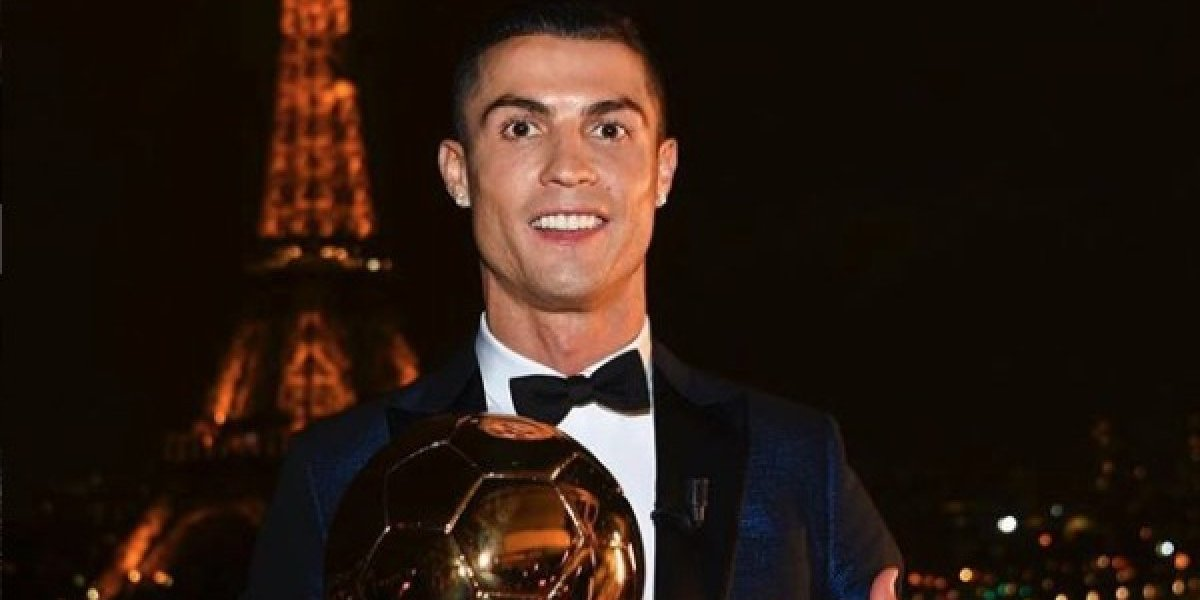 Cristiano Ronaldo se desborda en elogios a sí mismoen una entrevista exclusiva