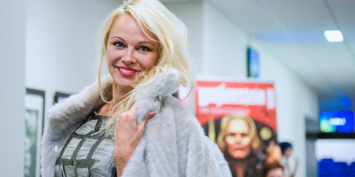 Pamela Anderson presume su figura a sus 50 años