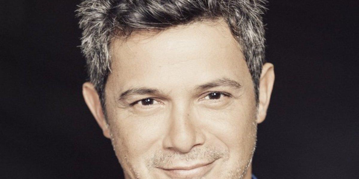 Alejandro Sanz rinde homenaje a su disco más vendido